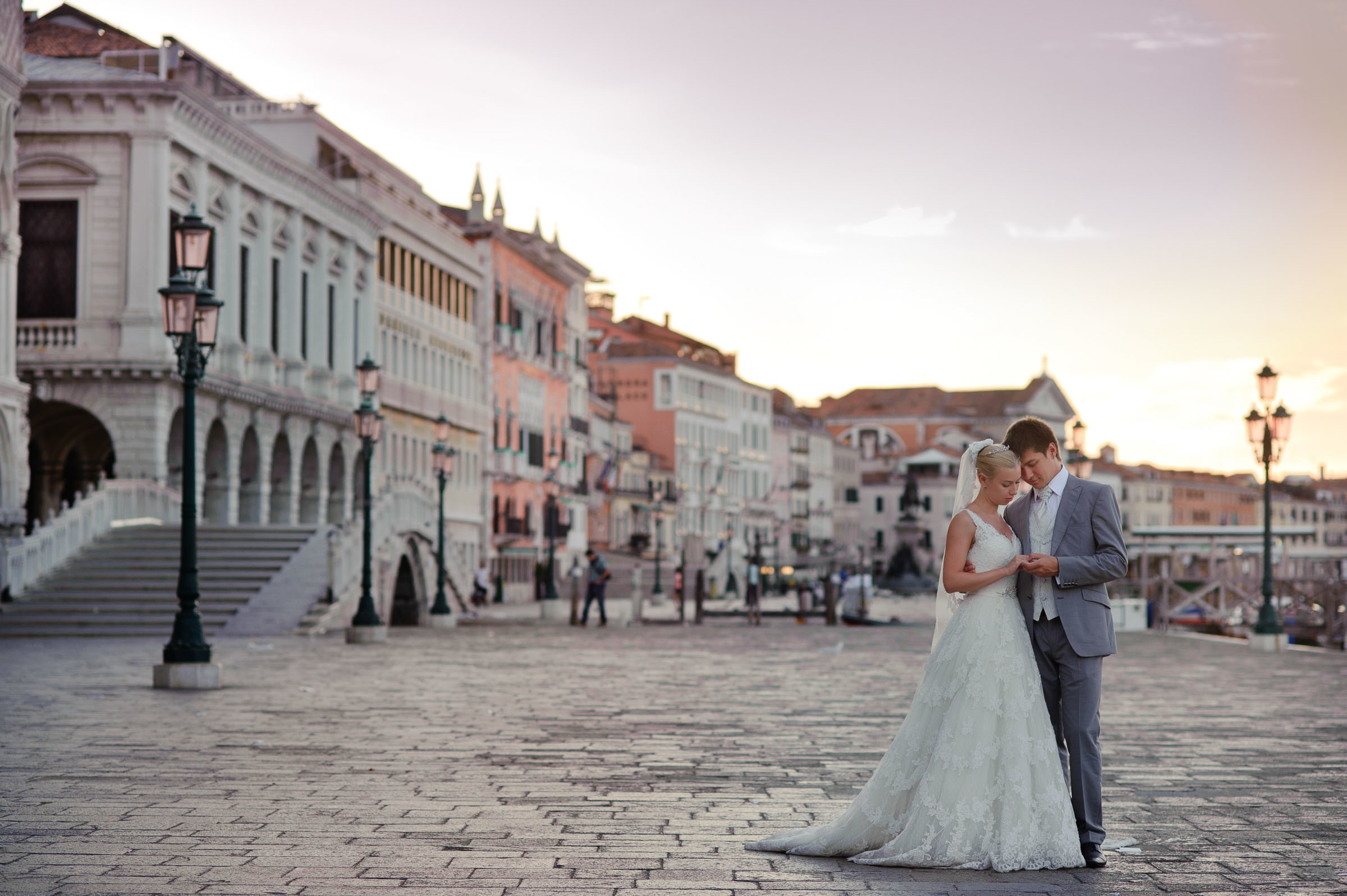 wedding photo session at San. Marco square