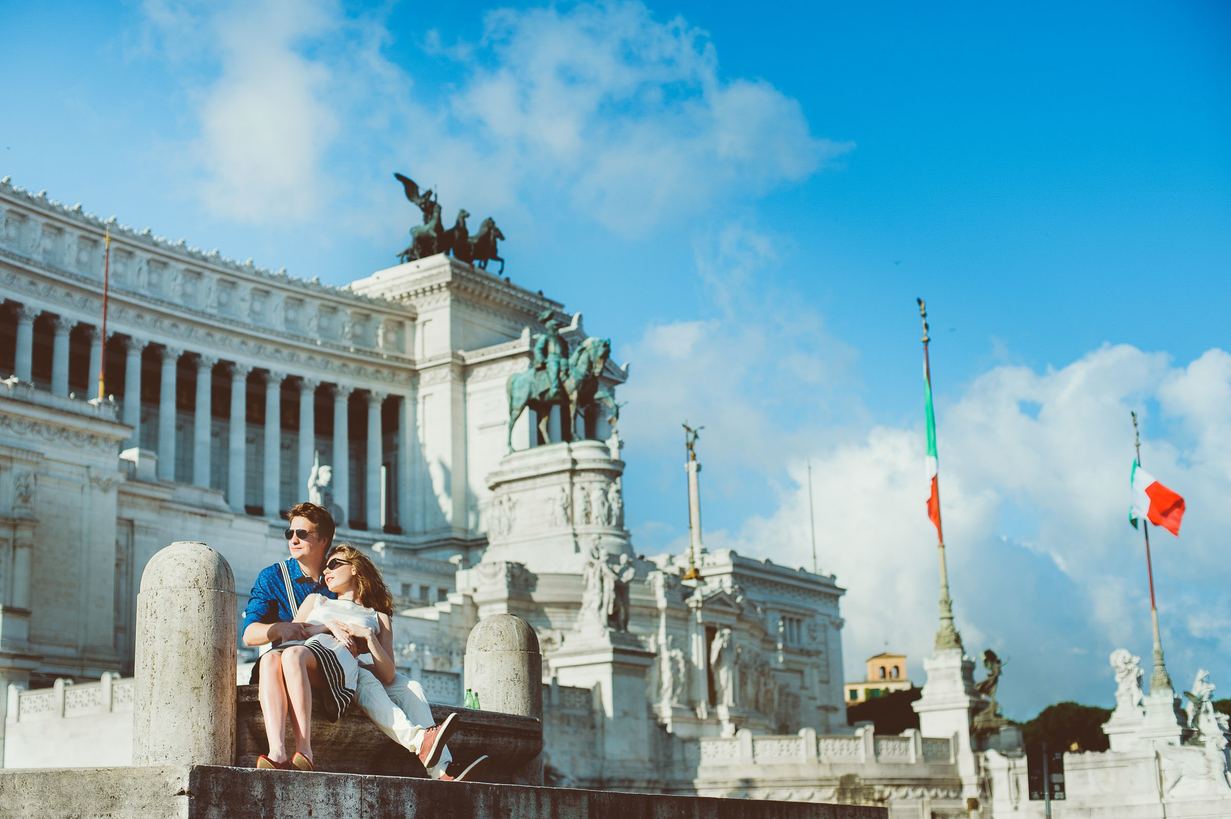 honeymoon couple in Rome